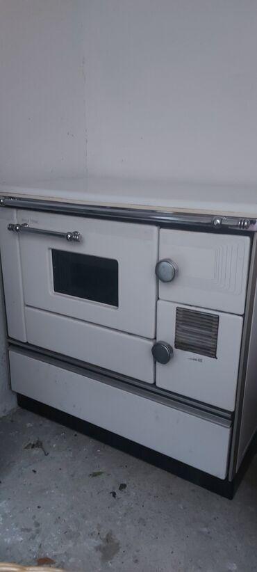Peci za grejanje - Sokobanja: Alfa 90 sporet za parno grejanje dajem uz sporet pumpu, ventili i