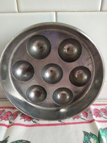 Форма для пончиков диаметр 18 см. Прошу 250 сом. мкрн.Аламедин1