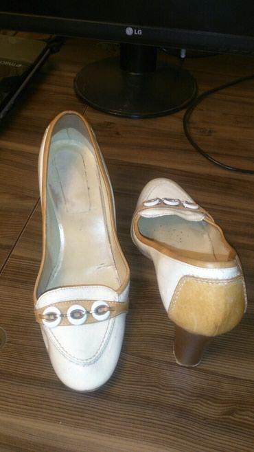 Bakı şəhərində Туфли Италия размер 39 но на 38 ногу кожа