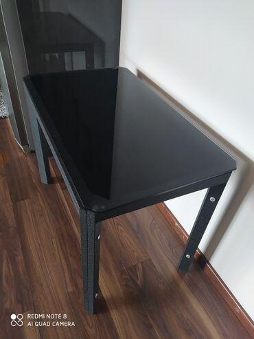 Продаю стеклянный стол черного цвета. Турция. Размеры 99*60. Высота 75