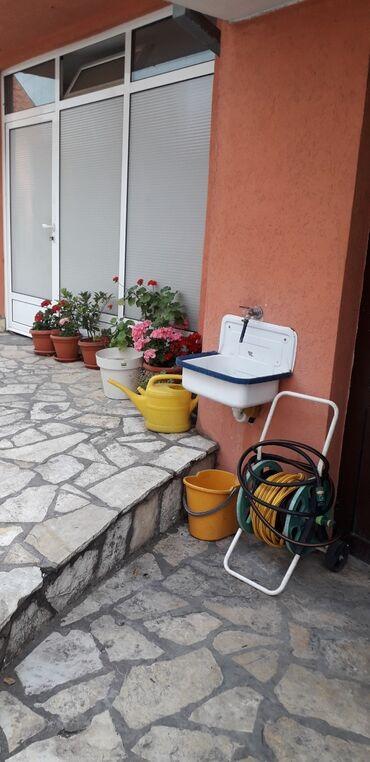 Nekretnine - Srbija: Na prodaju Kuća 528 kv. m, 7 sobe