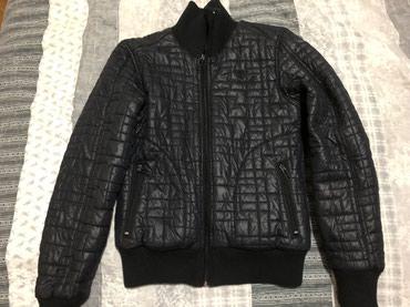 Olsen-crna-zenska-jakna-za-prelazno-vreme - Srbija: HUMMEL jakna za prelazno vreme,tanja perjana jakna crne boje kraći