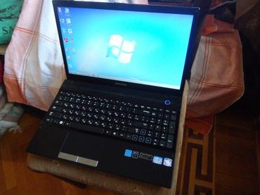 samsung noutbuk - Azərbaycan: Samsung np300v5a(Core i5+3 GB Nvidia Geforce GT 520MX)Noutbuk əla