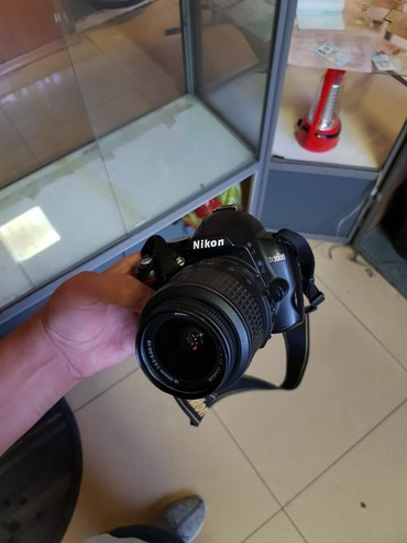 nikon 5200 в Кыргызстан: Nikon 3100d 5000som tolko zvonit