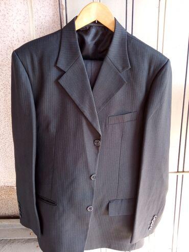Мужской костюм в хорошем состоянии 500сом,два пиджака без брюк по 300
