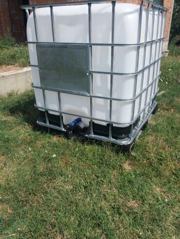 Cistac - Srbija: Prodajem plastične IBC cisterne-kontejnere od 1000 l. Cisterne su kao