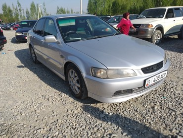 Honda Accord 1998 в Ош