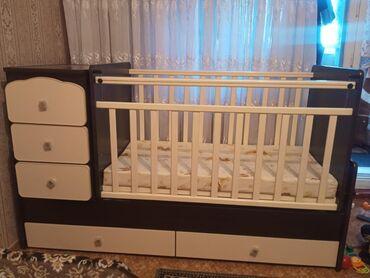 Детская мебель - Бишкек: Срочно продаем манеж Ульянова, в очень хорошем состоянии. Матрас