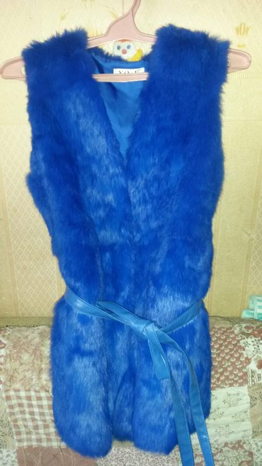 Жилетка кролик 44 46 размер 5000 новая в Бишкек