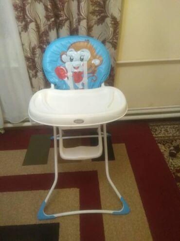 Детский мир - Григорьевка: Столик для кормления, состояние идеальное. Реальным клиеинтам уступлю