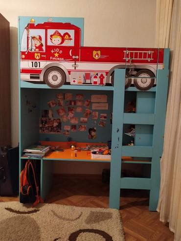 Детский шкаф и кровать в отличном состоянии.Продаю за 12000.тел