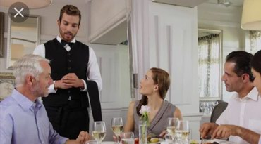 Bakı şəhərində Seherın merkezinde ailevi restorana ofsiantlar teleb olunur.Bey ve