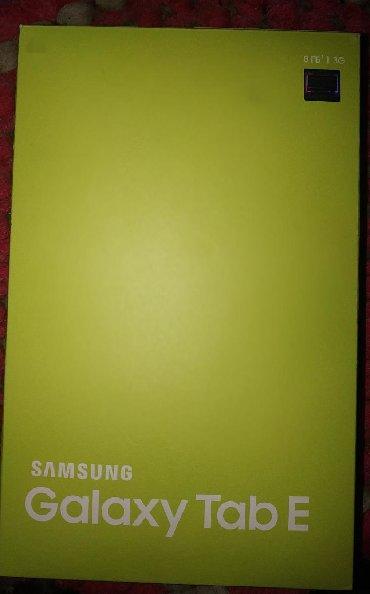 galaxy tab 4 - Azərbaycan: Satılır Samsung Galaxy Tab E 9.6 Düym. Heç bir qırığı, balığı, cızıgı