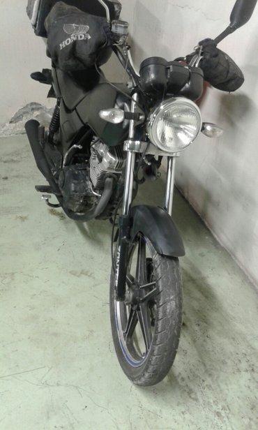 Bakı şəhərində Salam hj 125   cc      satlir seklde gorunduyu kimdir      lalafoda  m