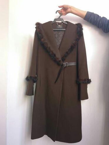 Пальто - Размер: M - Бишкек: Продаю пальто, новое, шерсть/кашемир, 70%/10%, Италия. договорная