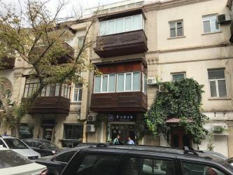 стильная мебель в Азербайджан: Продается квартира: 3 комнаты, 65 кв. м