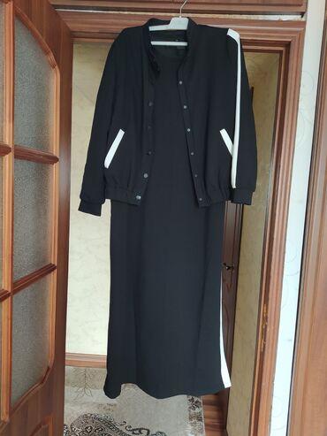 Платье двойка . Платье короткий рукав . По бокам платья с двух сторон