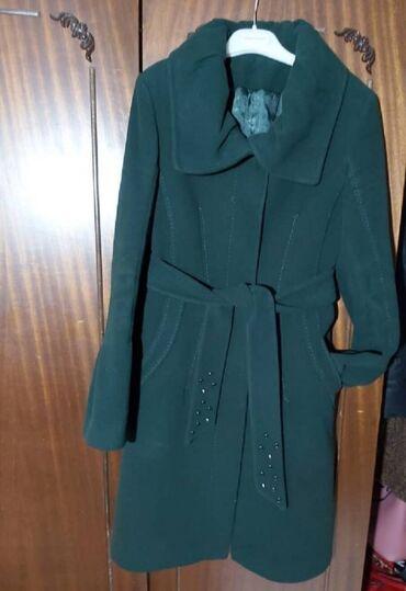 Женское пальто.Состояние идеальное. Производство Турция. Цвет