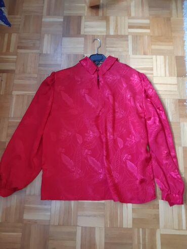 Bluza bordo crvena, na slici izgleda svetlija, svila i viskoza,novo