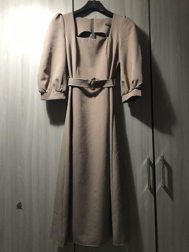 вечернее платье ниже колен в Кыргызстан: Платье новое, купила на вечер, но по случаю не одела его, размер на s