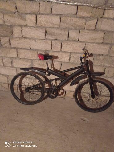 Спорт и хобби - Ленкорань: 26 altılıq velosiped satılır 90 manat 2 amarzator az isdənilib Amarzat