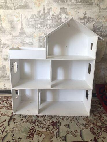 Продаю б/у домик для кукол для девочки. Высота 95 см. Ширина 30 см