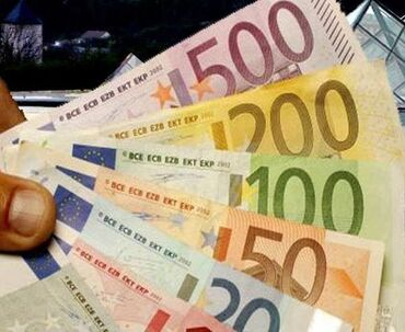 Cd - Srbija: Predstavljam financijsku instituciju koja nudi zajmove u rasponu od