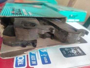 ниссан-микра-бишкек в Кыргызстан: Тормозные колодки передние, б/у на ниссан марч, микра 1996г.в. и