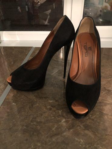 Замшевые вечерние туфли черного цвета. в Токмак