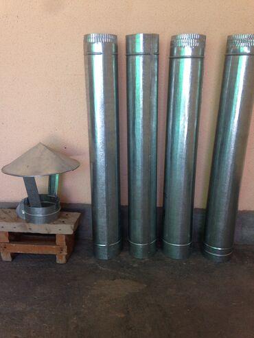 Дымоходные трубы с колпаком сделаны из нержавеющего Российско