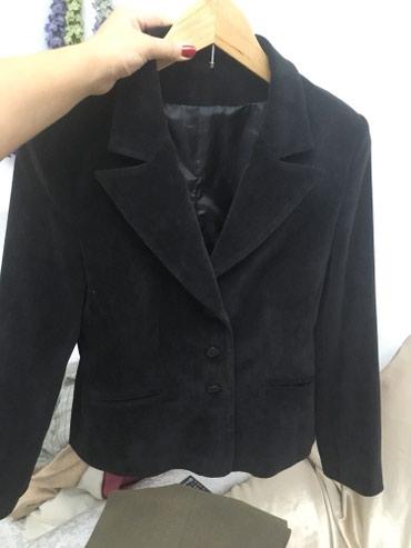 Пиджак женский велветовый б/у в хорошем состоянии 44-46 размер в Бишкек