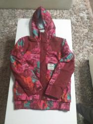 Deciji-skafanderi - Srbija: Zenska decija zimska jakna u extra stanju kao nova.Ne propusta vetar i