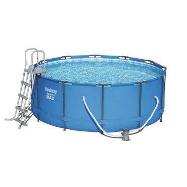Каркасный бассейн Bestway 366x133 см отличается высокой прочностью и у