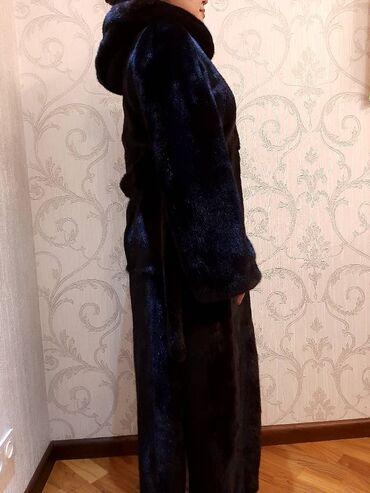 Продается шуба black-lama, идеальное состояние, ношена всего 2 раза (б