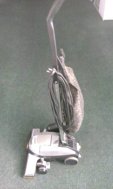 3328 oglasa: Kirbi usisivac sa svpm pratecom opremom koriscen samo nekoliko puta