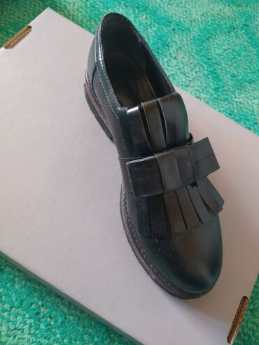 Oko stvari mix musko zenski prva klasa - Srbija: Marco Moreo handmade shoes Italy br 38Malo nosene, skoro noveNove su