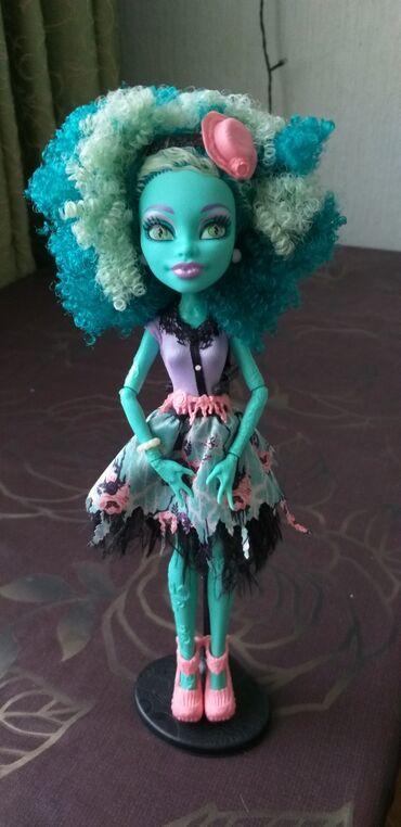 """акустические системы monster колонка сумка в Кыргызстан: Продаю куклу Monster High. Оригинал!Хани Свомп из коллекции """"Страх"""