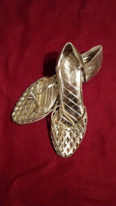 Zlatne cipele broj 37 I 39 nove neobuvane  - Veliko Gradiste