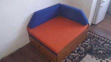 кресло-кровать в хорошем состоянии, есть вместительное отделение для х в Бишкек