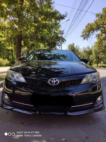 Toyota Camry 2.5 л. 2012 | 116 км
