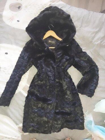 черная шубка в Кыргызстан: Продаю норковую натуральную шубу, шуба, шубка,, с огромным копюшоном,