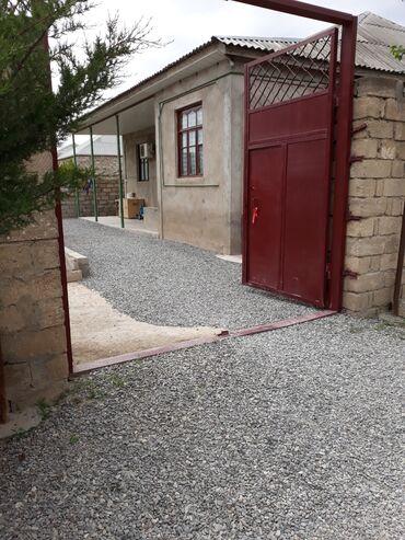 baxın yuzh magistral asanbai rayonunda böyük ev satıram - Azərbaycan: Satış Ev 135 kv. m, 5 otaqlı