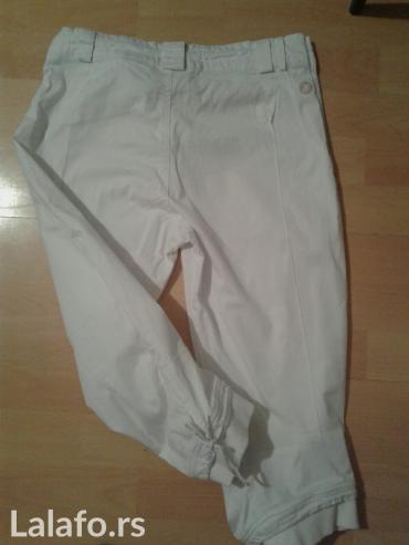 Pantalone 3/4, velicina m - Jagodina