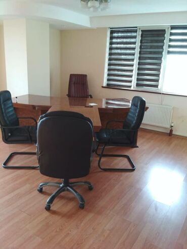 Сдается квартира: 4 комнаты, 143 кв. м, Бишкек