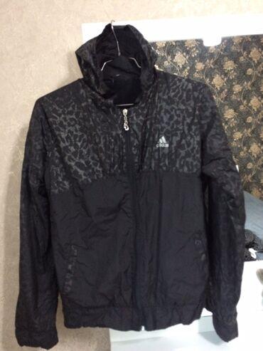 Женская спортивная курточка )48 размер