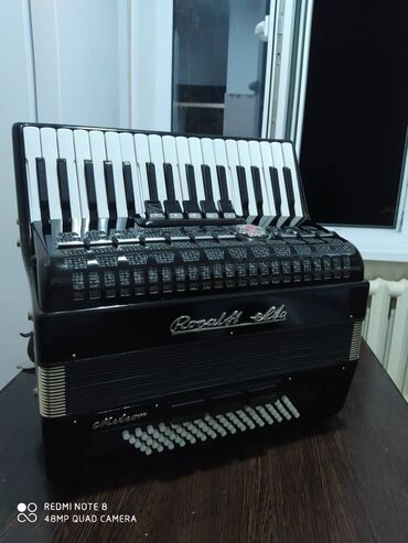 Продаю германский аккордеон Вельтмейстер метеор  ,очен хороший состоян