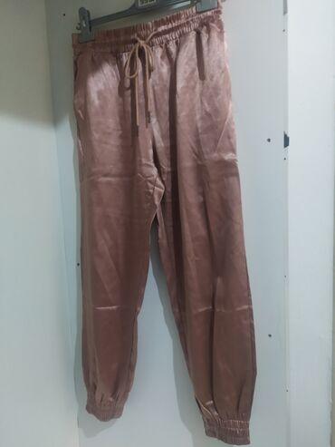 Ροζ σατέν παντελόνι από boohoo Size: S Τιμή 8€
