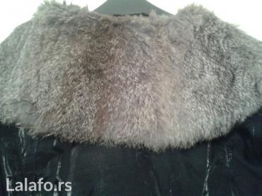 Zenska zimska jakna sa krznom,presijava se,vel M in Novi Sad