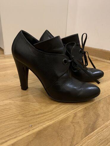 Cipele stikle visina - Srbija: AKCIJA! Cipele su broj 38, italijanske, kozne. Pertlice se vezuju u ma