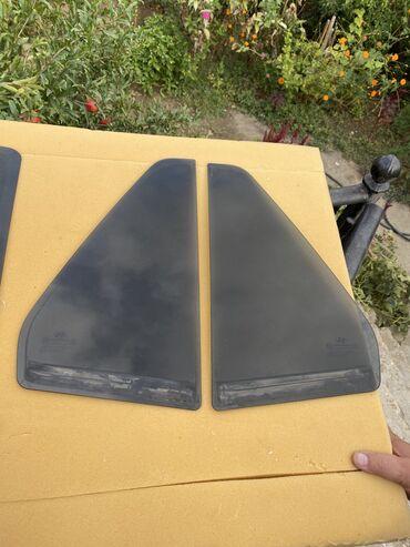 Salam. Hyundai SantaFe original qara arxa yan suseleri satiram. Mashin
